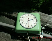 Vintage Green 1950s Style Plastic Wall Clock Prairie Style