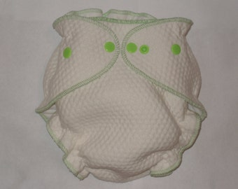 Zorb 2 Fitted diaper with lime green snaps