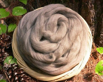 Corriedale  Wool Roving,Natural medium, 4 ounces