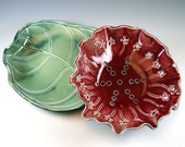 Berry Bowl - Red - Ceramic Colander with Leaf Saucer - 579