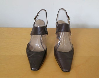 RESERVED SECRETARY // pointy leather mary jane style 90s heels