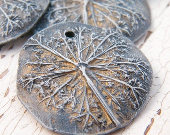 Stormy Blue - Queen Anne's Lace rustic boho chic painted pressed flower round focal pendant (ready to ship)