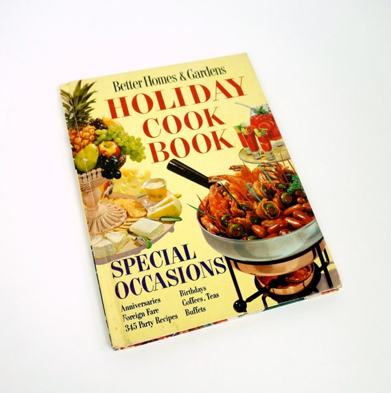 Better Homes And Gardens Holiday Cookbook 1967 Hc By