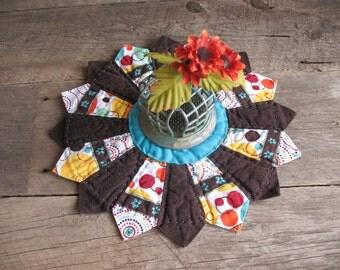Quilted Dresden Plate Candle Mat, Mug Mat, Table Mat