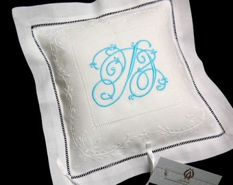 Irish Linen Ring Bearer Pillow, Monogram Ring Pillow, Personalized Ring Bearer Pillow, Style 7961