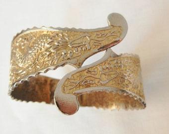 Fabulous Dragon clamper Bracelet