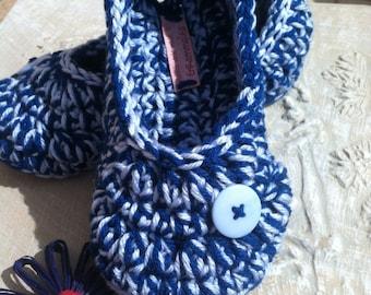 Women's Crochet Blue Slippers | Peacock Blue Crochet Slippers | Hand Crochet Slippers | House Shoes | Crochet Booties | Slippers