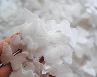 SALE white wedding confetti - woodland rustic wedding - edible butterflie - biodegradable confetti - vintage wedding by Uniqdots on Etsy
