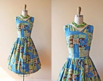 50s Dress - Vintage 1950s Dress - Hawaiian Cotton Full Skirt Party Dress S M - Blue Curacao