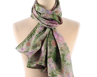FLORAL Silk Scarf Woman Vintage Rose Print Shawl in Green and Pink Recycled from Indian Silk Sari Gift Retro Muffle