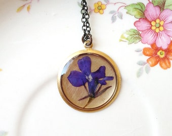 Blue Flower Necklace Pressed Flower Necklace Botanical Jewelry Garden Gift Blue Lobelia Plant Resin Minimalist Naturalist Nature Inspired
