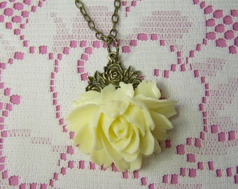 Rose Garden Necklace CREAMY IVORY Rose - Victorian Style - Cabbage Rose
