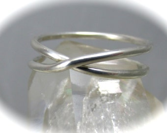 Sterling Silver Infinity Ring / Eternity Ring / Silver Ring / Bridesmaids Gift