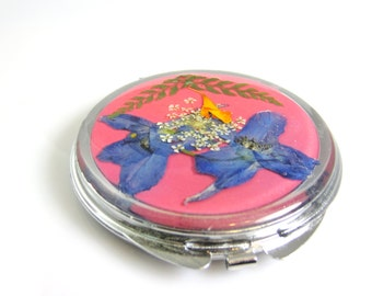 Pink Compact, Real Flowers, Mirrors Compact, Natural flowers in Resin  (1313)