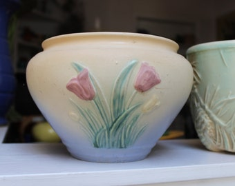 Hull Pottery Jardiniere Planter Tulip Pink Blue American Large VINTAGE by Plantdreaming