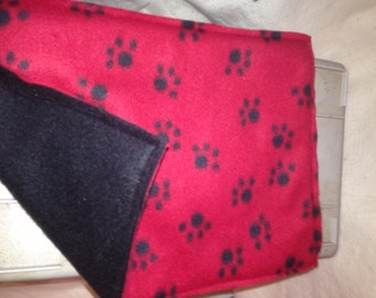Pet Fleece Crate Mat  in Red with Black Paws