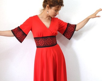 SALE Vintage 70s Red Dress Alfred Shaheen Black Mosaic print Midi Party Medium