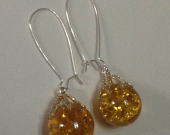 Yellow amber crackle glass marble earrings - upcycled vintage fried marble retro jewellery