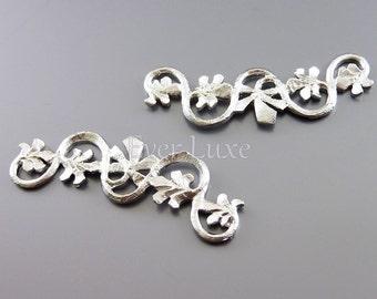 2 curvy branch with leaf pendants, matte silver metal pendants / jewelry supplies / metal craft supplies 1531-MR (matte silver, 2 pieces)