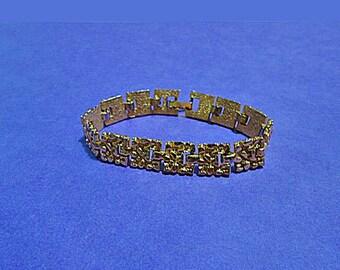 Gold Nugget Bracelet. Vintage. 4558