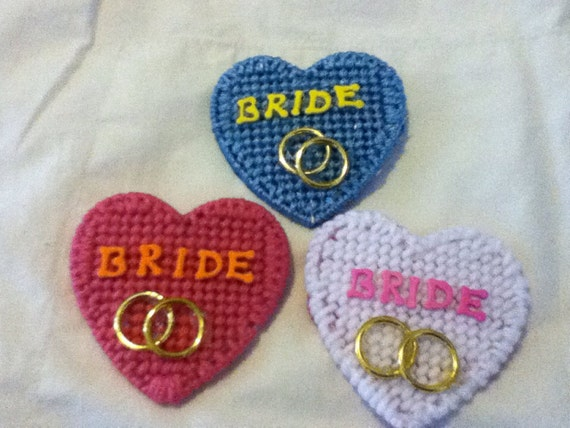 Bride heart pins with gold rings