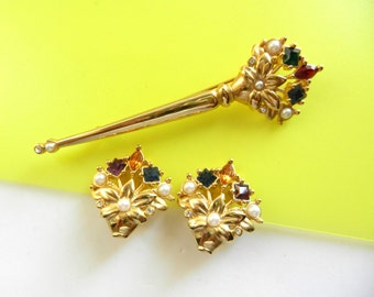 Gorgeous 1970s Italy, brooch & earrings set - flowered baskets with small pearls and crystals multicolor --Art.966/2 -