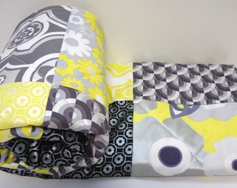 Metallic Baby Blanket Yellow and Gray-Nursery Bedding Baby Girl Quilt-Modern Fabric-Traditional Patchwork  Crib Bedding-Gray-Grey-Charcoal-