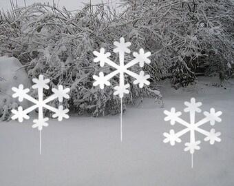 Snowflake Garden Stakes (Set of 3)  / Christmas Decoration /Outdoor / Metal / Holiday / Winter / Garden Art / Yard Art / Lawn Ornament