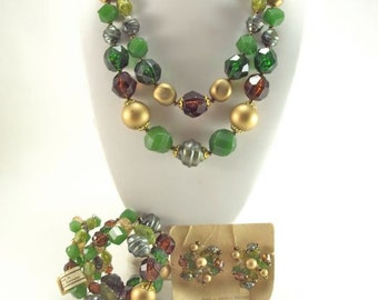 Jewelry Set Necklace Bracelet Clip Earrings Green & Gold Plastic from W. Germany NWT Vintage