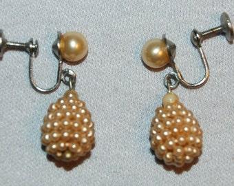 Vintage / Earrings / Pearls / Dangle / Drop / old / jewelry / jewellery