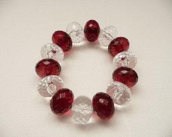 nbs-Chunky Crimson and Clear Acrylic Stretch Bracelet