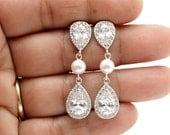Crystal Pearl Bridal Earrings Wedding Jewelry Silver Cubic Zirconia Posts Swarovski Pearl Bridal Jewelry Wedding Pearl Earrings