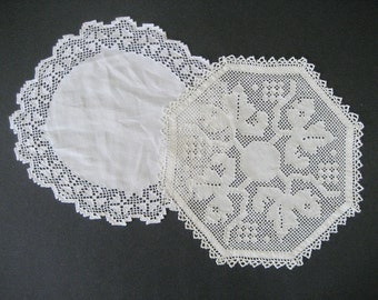 2 Linen Doilies Punchwork Mosaic Made in Italy Fabulous