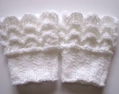 Lace boot cuffs hand knit. Boot toppers. Leg warmers. White color. Ready to ship