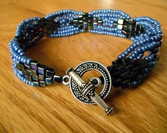 Diamond Loop Bracelet - Denim Blue