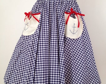 Embroidered gingham skirt with pockets
