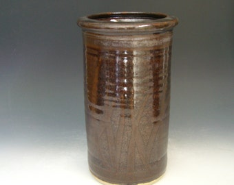 Hand thrown stoneware pottery jar  (AJ-10)