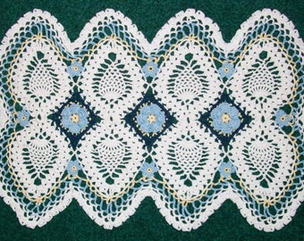Blue Roses and Pineapples Rectangular Doily