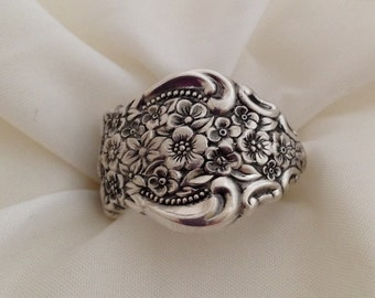 Spoon Ring Renaissance Choose Your Size 8 to 11 Vintage Silverplate Silverware Jewelry