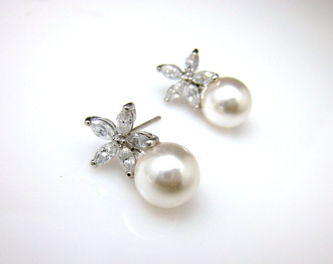 Bridal jewelry wedding prom rhodium earrings bridesmaid gift cubic zirconia five petal Flower post 8mm swarovski white or cream round pearl