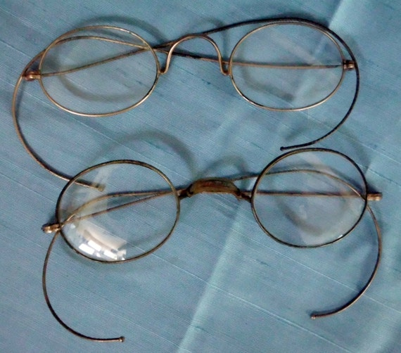 antique wire eyeglasses 2 pair collection 1910 ww1