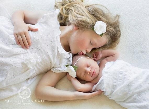 White Felt Flower Headband, White Baby Headband, Felt Baby Headband, White Flower Headband, Newborn Headband, Baby Headband Toddler Headband