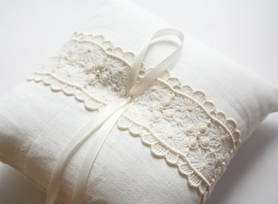 Lace Ring Pillow, White Ring Pillow