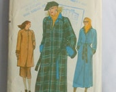 Vintage Vogue Sewing Pattern 7466, 1980s Style, for A Line Reversible Raincoat Size 10