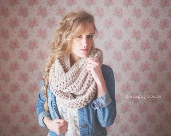 Crochet Cowl Scarf, Chunky Crochet Infinity Scarf, Women's Infinity Scarf, Circle Scarf, Fall Accessories