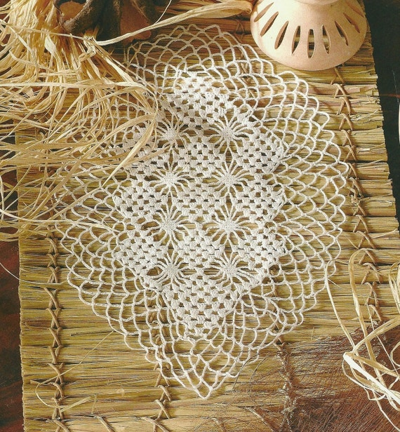 Crocheted Table Runner - Old Times