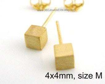 Unmellow yellow cube stud earrings, men's stud earrings, gold stud earrings, cartilage earring, small stud earring, tragus stud, 4mm 465H