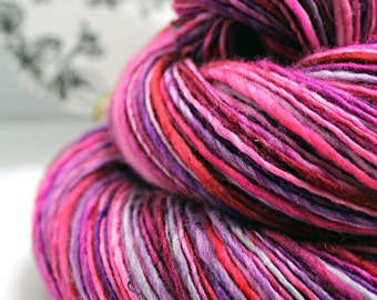 Handspun Yarn Gently Thick and Thin DK Single Superwash Merino 'Oh No You Don't' OOAK