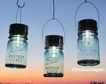 Hanging Garden Lanterns 3 Eco Friendly Gifts for Gardeners Outdoor Garden Decor, Ball Pint Antique Blue Mason Jar Solar Lights,