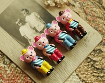 4pcs Resin Lovely The Accordion Little Bear